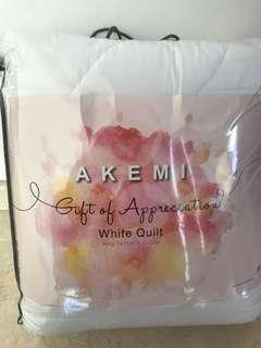 Akemi king sized quilt
