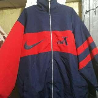 Vintage Nike Jacket para sa malaki tao