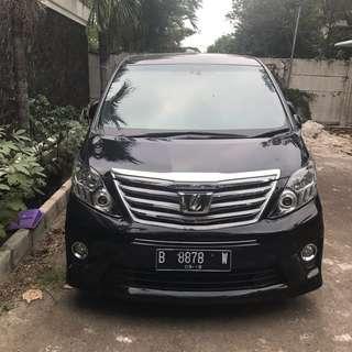 Sewa mobil New Alphard murah dan elegan di Jakarta (wedding/non-wedding).
