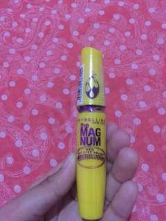 Mascara magnum