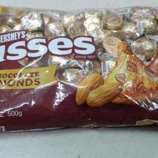 Kisses Milk cholcolate w/ almonds 500g and Kisses milk chocolate 599g