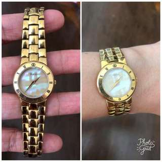 Gucci Authentic Pearl Face Gold Ladies Watch