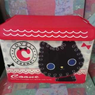 Cat design container