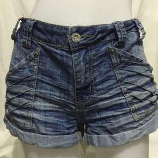 1ST KISS denim plus size low waist ladies sexy/walking shorts W36