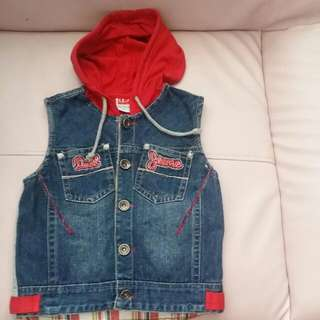 BABY CLOTHES DOLLZONE JEANS JACKET WITH HOOP SLEEVLESS FOR 2-3YEARS.