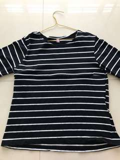 Preloved black and white stripes Long sleeves Nursing top