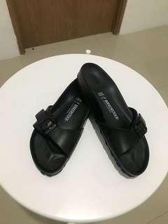 Birkenstock Sandal Size 39 Like New