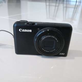 Canon Digital Camera S90