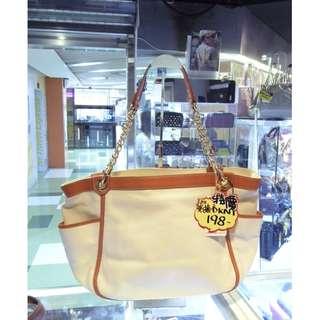 DKNY Off White Canvas Chain Shoulder Hand Bag 米白色 帆布 鍊袋 肩袋 手挽袋 手袋 袋