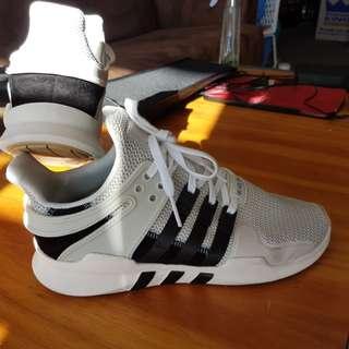 Adidas Originals - near new