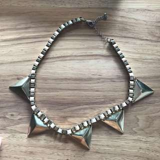 New Look Gold Triangle-shaped Chained Necklace