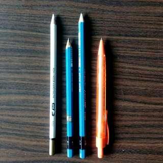 Sketching Materials (Set)