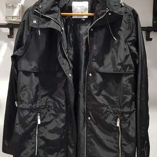 Black Wind Breaker Jacket for Autumn and Spring (Sewa)