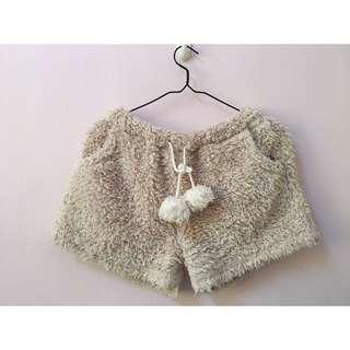 日本購入帶回日本品牌專櫃冬天厚棉長毛絨毛茸茸感居家褲睡衣短褲 淺駝色立體球球綁帶 類似款Gelato pique