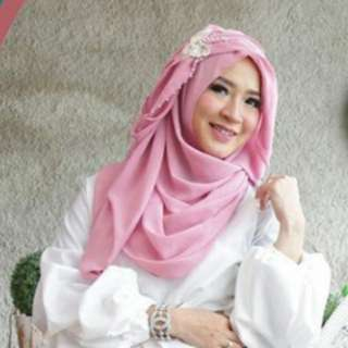 Hijab merk tiara hijabers