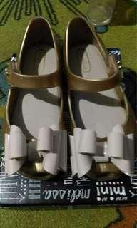 Sepaket sepatu minni melissa