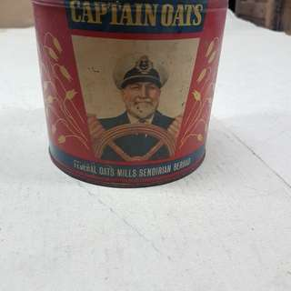 Vintage Captain oats tin