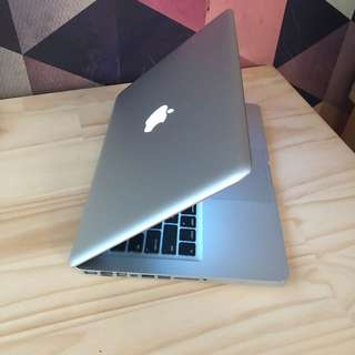 "13"" MacBook Pro 8GB Ram 750GB HDD 2.9GHz i7"