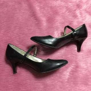 GIBI Collection Shiny Black Pumps High Heels 2 inches