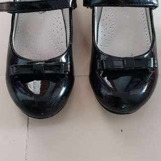PL princess black shoe
