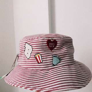 Bench summer collection bucket hat