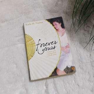 """Novel """"Forever Yours"""""""