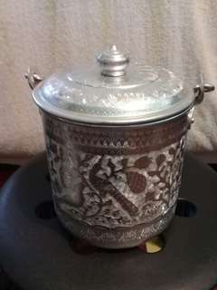 Floral&bird tin metal pot
