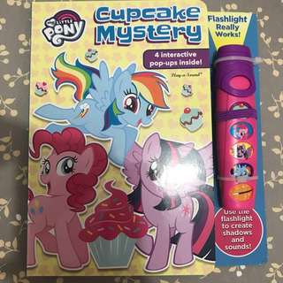 My little pony cupcake mystery book with flashlight with free 🎁