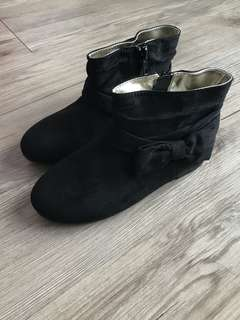 Girl's HNM boots