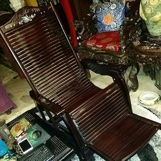 Chinese Vintage Mother Of Pearls Lazy Chair Wood