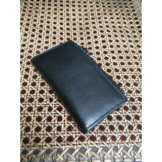 Black medium length wallet