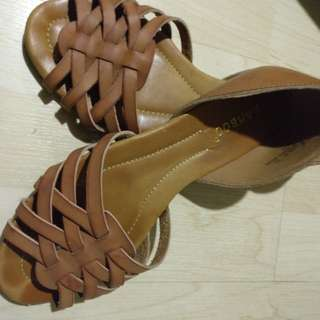 Slip on shoes leather type