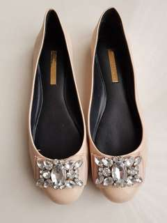 Flat shoes charles n keith