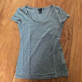 H&M Basic Gray Tshirt