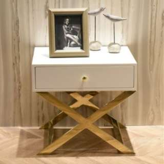 Luxury Side Table (Gold or Silver)