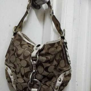 Hari Raya Sales Authentic Coach Hobo