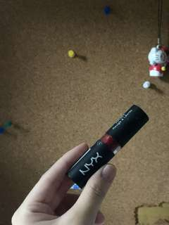 NYX Matte Lipstick (red) 💄