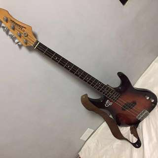 Vantage Bass Guitar 👍🏻repriced