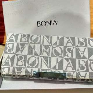 dompet Bonia