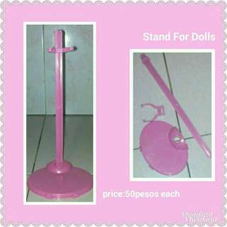 Stand for barbie