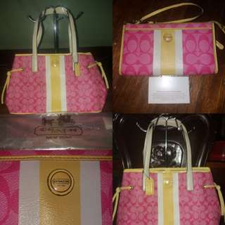Authentic Coach carry all hot pink bag and matching wristlet wallet