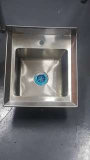 New Stainless Steel wall mouted 1 bowl basin