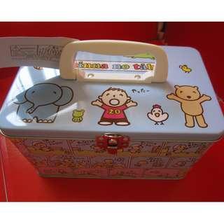 Minna no tabo 大口仔 20周年系列鐡盒 2004年(有瑕疵)