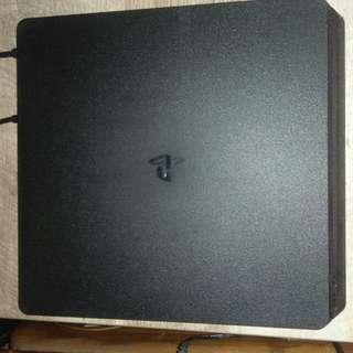 PS4 500GB.