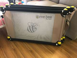 Valco Vee Bee Play Yard
