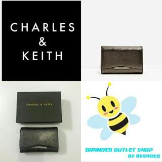 CHARLES & KEITH FOLD MEDIUM PURSE