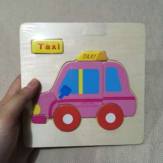 Wooden taxi puzzle