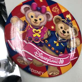 全新限量Disney 10 Years of metal Badge