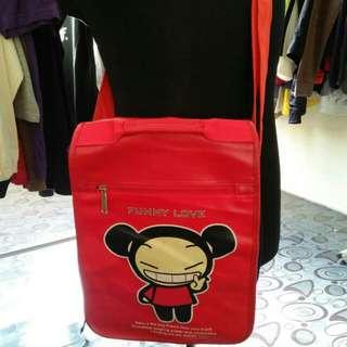 Pucca sling bag