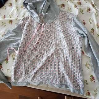Women's hoodies & shirts